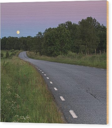 Empty Road In Countryside Landscape Wood Print by Jens Ceder Photography