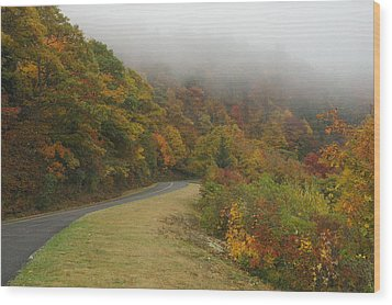 Fall Fog On The Blue Ridge Parkway Wood Print by Cindy Hicks