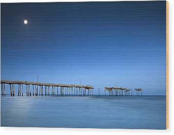 Frisco Pier Cape Hatteras Outer Banks Nc - Crossing Over Wood Print by Dave Allen