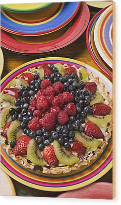 Fruit Tart Pie Wood Print by Garry Gay