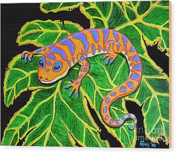 Gecko Hanging On Wood Print by Nick Gustafson