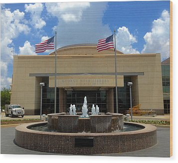 George Bush Library And Museum Wood Print by Art Spectrum