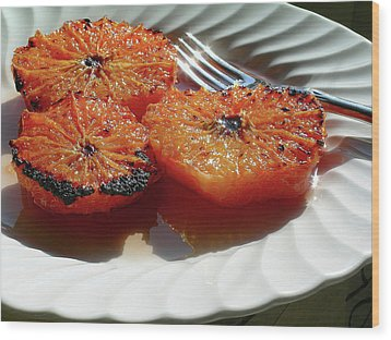 Grapefruit Brulee With Pomegranate Liqueur Wood Print by James Temple