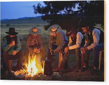 Group Of Cowboys Around A Campfire Wood Print by Richard Wear