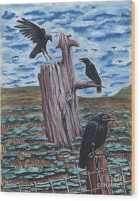 Here Come The Nieghbors Wood Print by Gail Finn