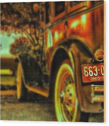 I Love This #classiccar Photo I Took In Wood Print by Pete Michaud