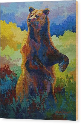 I Spy - Grizzly Bear Wood Print by Marion Rose