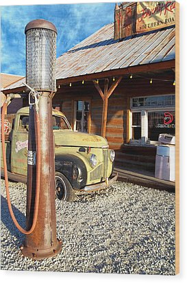 Is That You - Route 66 California Wood Print by Glenn McCarthy Art and Photography