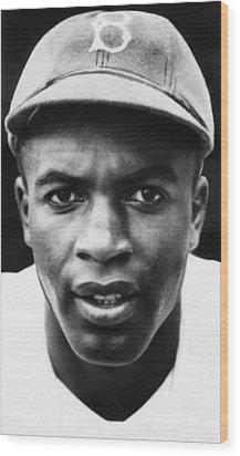 Jackie Robinson, Brooklyn Dodgers, 1947 Wood Print by Everett