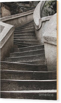 Komando Steps Wood Print by John Rizzuto
