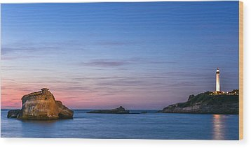 Wood Print featuring the photograph Le Phare De Biarritz by Thierry Bouriat