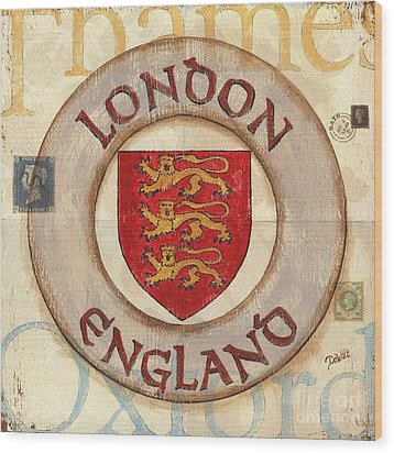 London Coat Of Arms Wood Print by Debbie DeWitt