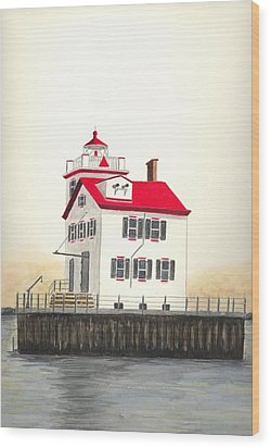 Lorain Lighthouse Wood Print by Michael Vigliotti