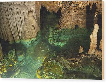 Luray Caverns - Wishing Well - Virginia Wood Print by Brendan Reals