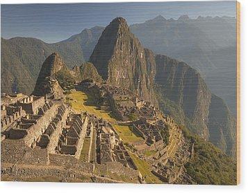 Machu Picchu At Dawn Near Cuzco Peru Wood Print by Colin Monteath