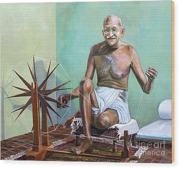 Mahatma Gandhi Spinning Wood Print by Dominique Amendola