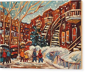 Montreal Street In Winter Wood Print by Carole Spandau