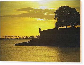 Morro Sunset Wood Print by Mauricio Jimenez
