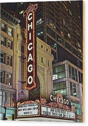 Chicago Theater Aglow Wood Print by Frozen in Time Fine Art Photography
