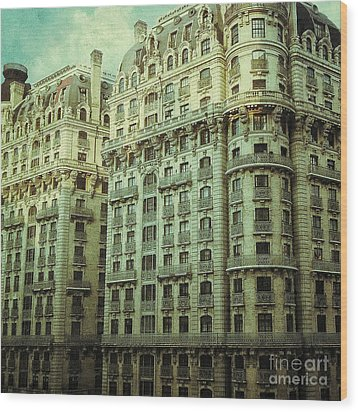 New York Upper West Side Apartment Building Wood Print by Amy Cicconi