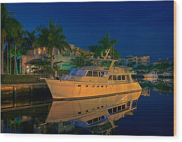 Night Time In Fort Lauderdale Wood Print by James O Thompson