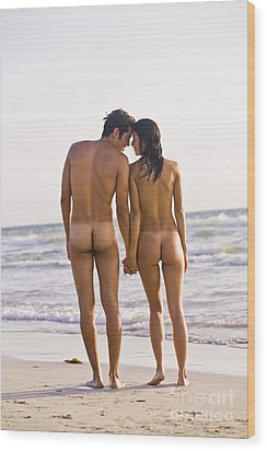 Nude Couple Wood Print by Juan  Silva