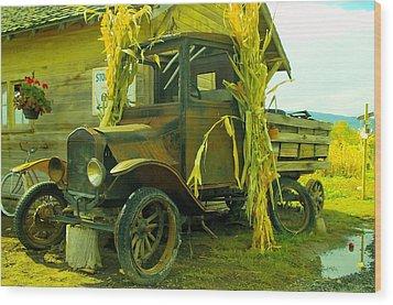 Old Model T  Wood Print by Jeff Swan