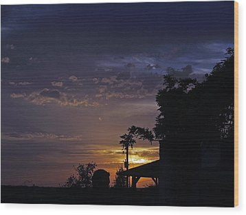 Peaceful Sunset Wood Print by James Granberry