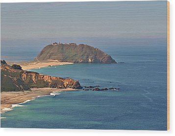 Point Sur Lighthouse On Central California's Coast - Big Sur California Wood Print by Christine Till