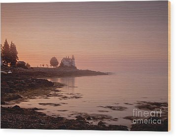 Prospect Harbor Dawn Wood Print by Susan Cole Kelly