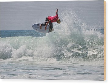 Wood Print featuring the photograph Quiksilver Pro France II by Thierry Bouriat