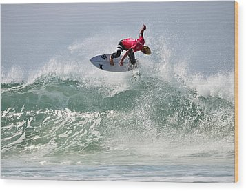 Wood Print featuring the photograph Quiksilver Pro France Iv by Thierry Bouriat
