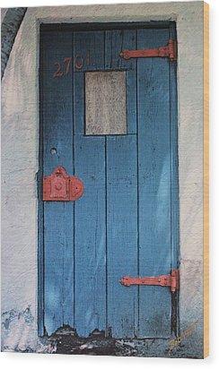 Red Hinges Wood Print by Bob Whitt