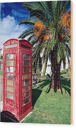 Red Phone Booth Bermuda Wood Print by George Oze
