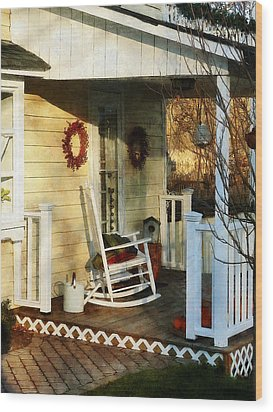 Rocking Chair On Side Porch Wood Print by Susan Savad