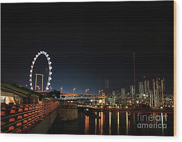 Singapore Waterfront Wood Print by Jaroon Ittiwannapong