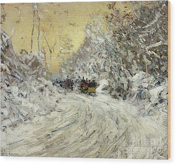 Sleigh Ride In Central Park Wood Print by Childe Hassam
