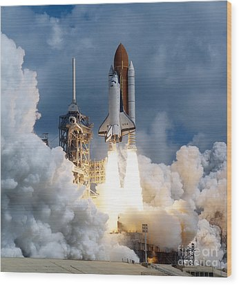 Space Shuttle Launching Wood Print by Stocktrek Images