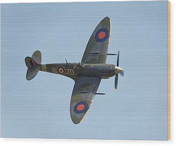 Spitfire Mk9 Wood Print by Ian Merton