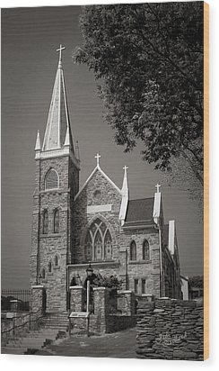 St. Peter's Catholic Chuch Wood Print by Judi Quelland
