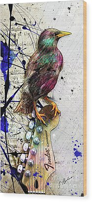 Starling On A Strat Wood Print by Gary Bodnar