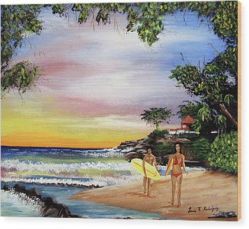 Surfing In Rincon Wood Print by Luis F Rodriguez