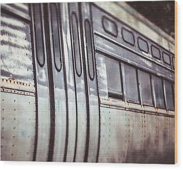 The Cta Train Wood Print by Lisa Russo