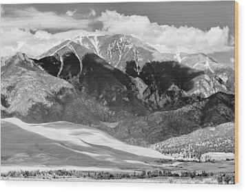 The Great Sand Dune Valley Bw Wood Print by James BO  Insogna