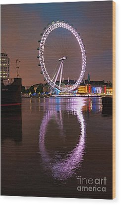The London Eye Wood Print by Stephen Smith