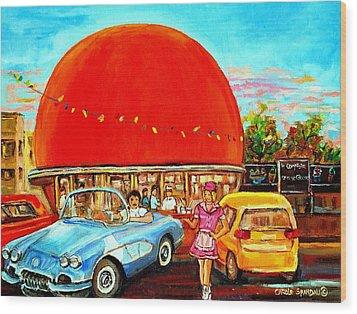 The Orange Julep Montreal Wood Print by Carole Spandau