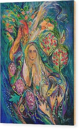 The Queen Of Shabbat Wood Print by Elena Kotliarker