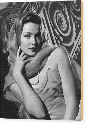 The Razors Edge, Gene Tierney, 1946 Wood Print by Everett