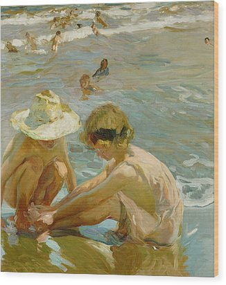 The Wounded Foot Wood Print by Joaquin Sorolla y Bastida