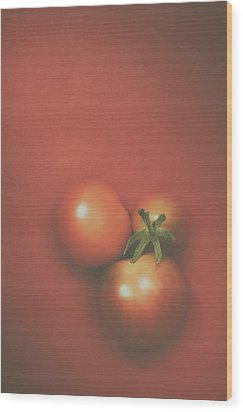 Three Cherry Tomatoes Wood Print by Scott Norris